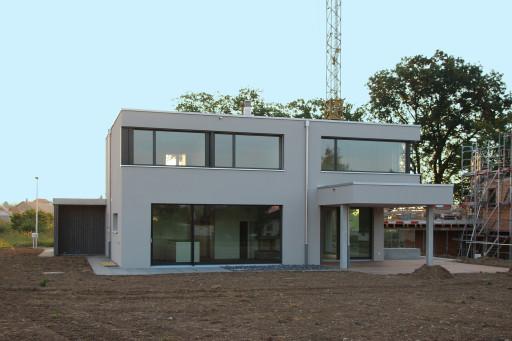 Neubau Wolfwil Westfassade